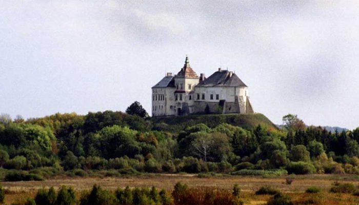 экскурсии из Львова по замкам